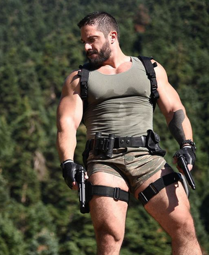 Thank you to whoever this male Lara Croft cosplayer is, because yes.
