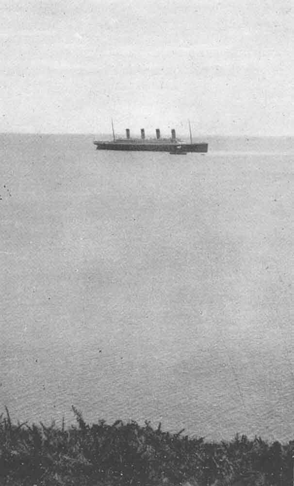 Last photograph of the Titanic